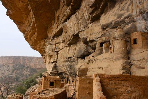 Mali_escarpmenttely