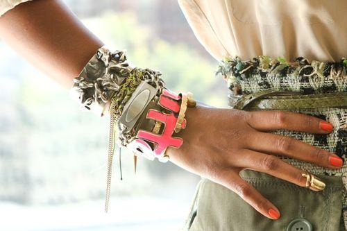 Wrist-wars-shiona-turini